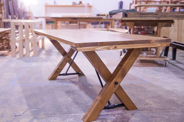 01 cross base design tuesday industrail wood 001